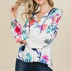 Tops - Super Comfy Floral top V-neck Top with Tassel Tie